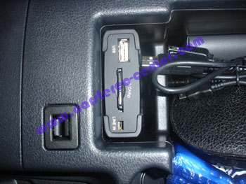 Interfaccia Nissan qashqai USB\iPod con cavi di collemganeto per aux-in